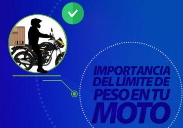 respetar el límite de peso en tu moto