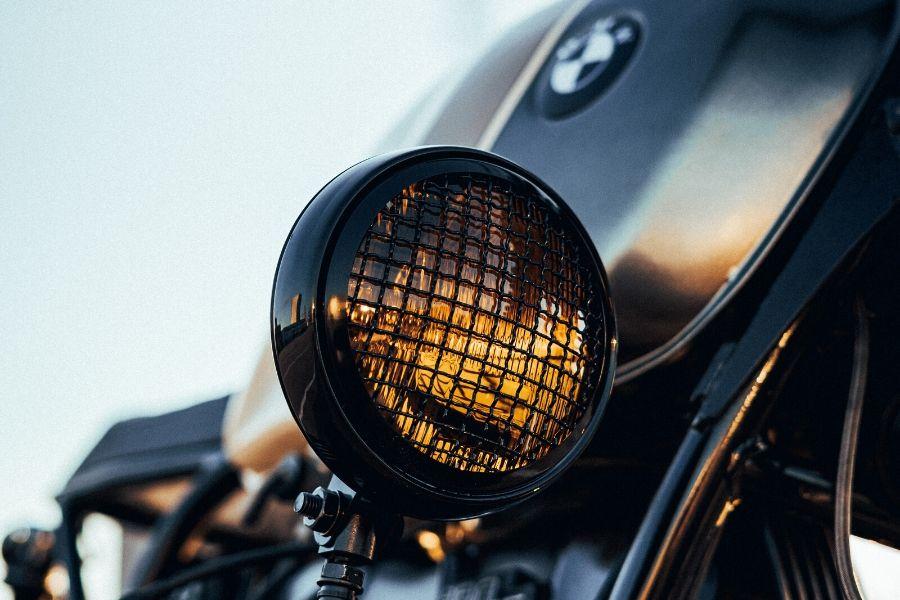 la historia del logo de BMW